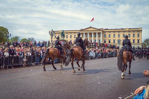 Nasjonaldagen markeres i beredskap for terror