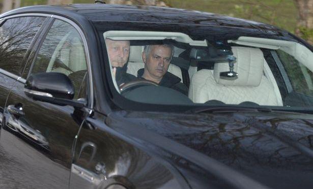 José Mourinho har privatsjåfør …