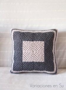granny-squares-cushion-beige-gray-1