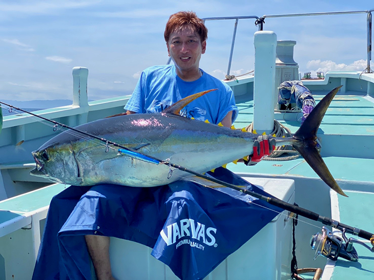 92lb Yellowfin at Sagami Bay