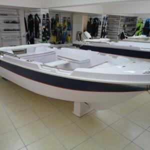 Σκάφος αναψυχής Marin 400