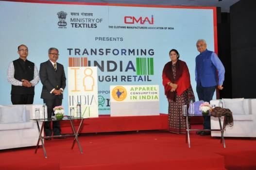 Launch-of-study-of-apparel-consumption-in-India by the textile minister Smt. Smriti Irani