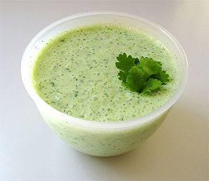 300px-raita_with_cucumber_and_mint