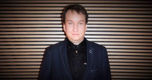 Monet itsensätyöllistäjät työskentelevät joko aloilla, joita ei mielletä oikeaksi työksi, tai joissa ei edes käsitetä, miten monet työskentelevät itsensätyöllistäjinä, Tatu Ahponen kommentoi tolkkua työelämään -kampanjaan kuuluvaa aloitetta itsensätyöllistäjien aseman kohentamisesta.