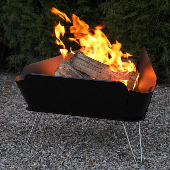 Schönes Flammenbild dank idealem Feuerschale Design