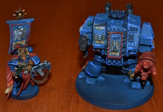 Capitán de los Puños Carmesíes y Dreadnought