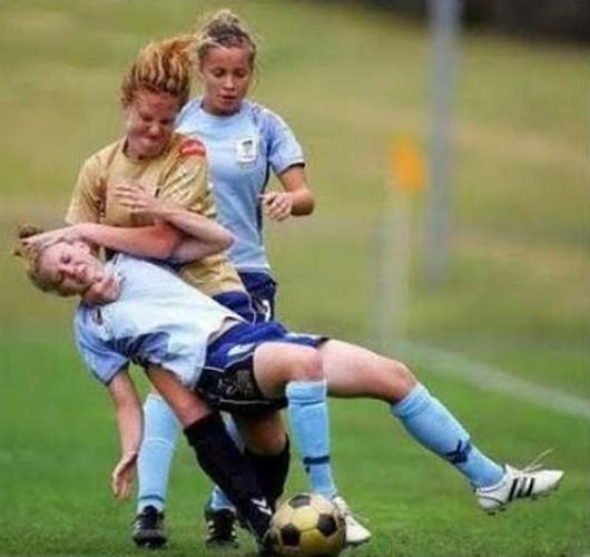 Al menos siempre quedarán las niñas para dejar constancia de que el fútbol es para machotes