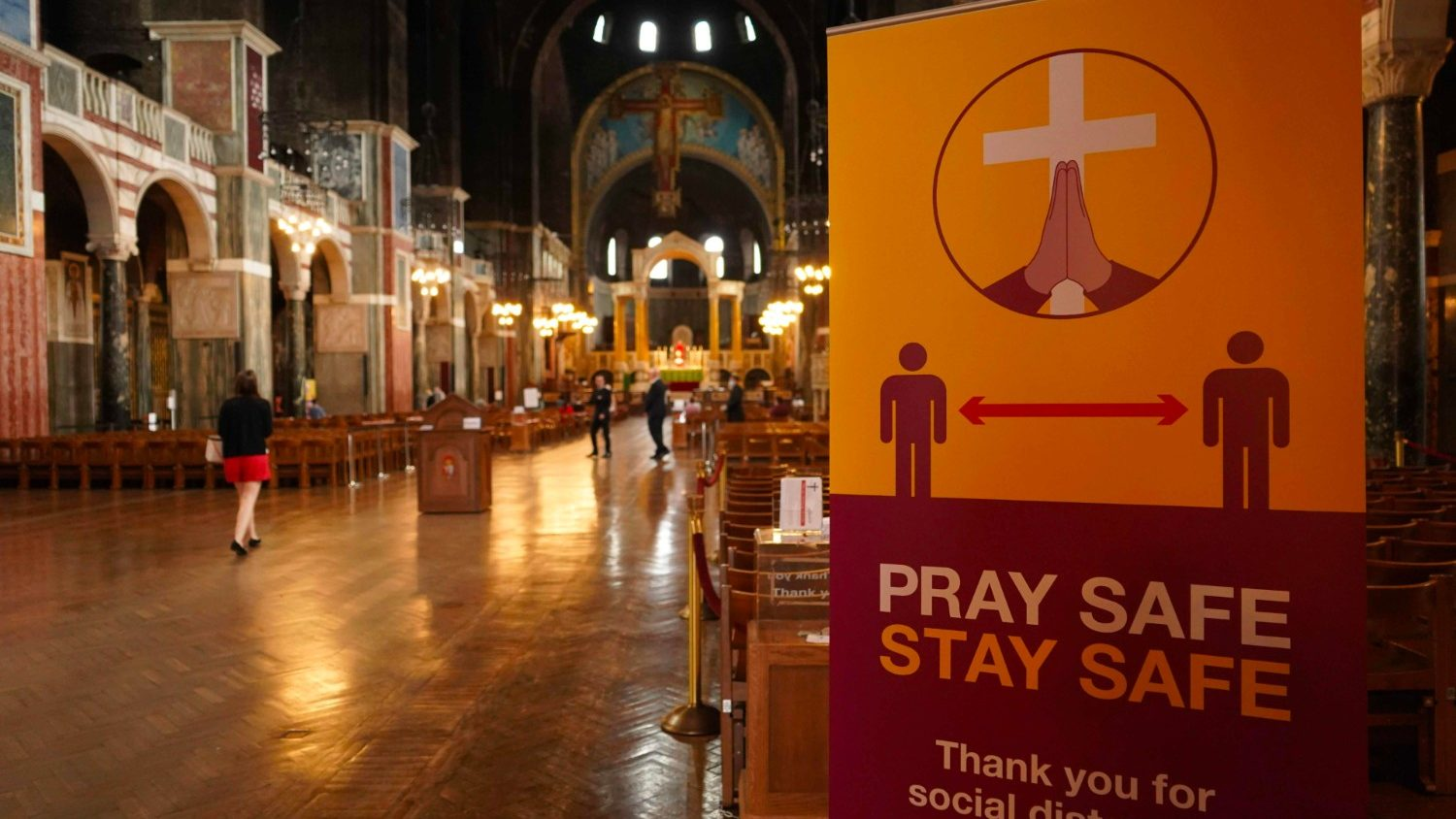 Covid-19: British government grants vital funding to England's churches - Vatican News