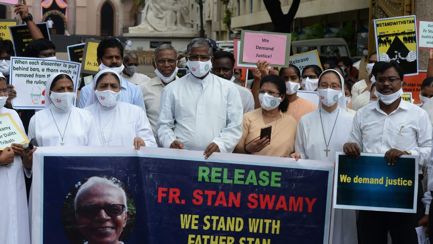 Asian bishops' solidarity with jailed Indian Jesuit - Vatican News