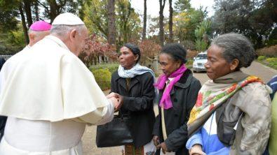 ĐTC thăm  Madagascar
