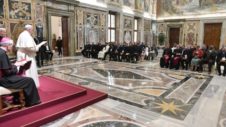 Pope Francis addressed participants in the Vatican conference on the Catholic Church's pastoral care of prisons.  @PopeFrancis  @coalitionfbo @Prison