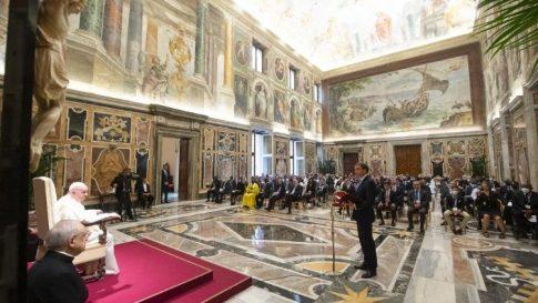 教皇フランシスコと、国際カトリック国会議員ネットワーク会員らとの出会い 2021年8月27日