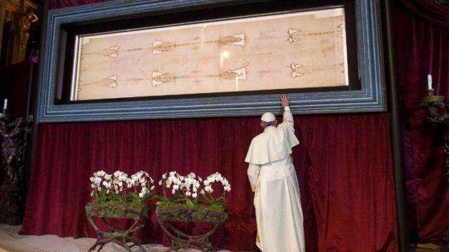 教皇フランシスコ、2015年のトリノの聖骸布公開で