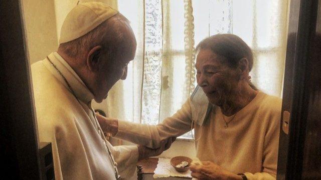 Papa Francisco y Edith Bruck