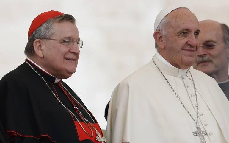El 'cardenal' Burke y el Anti Papa Francisco