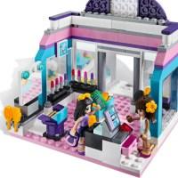 Si torna a costruire le Lego. Le Lego Friends però….