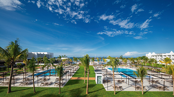Image: Riu Montego Bay pool