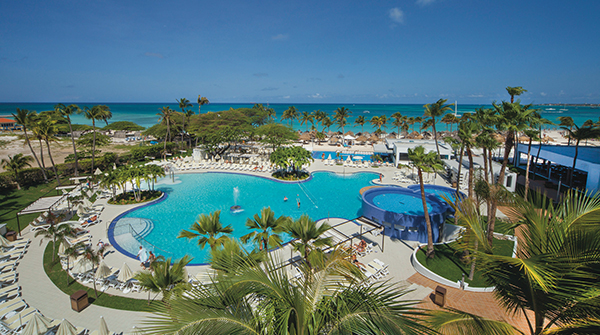Image: Riu Palace Antillas pool