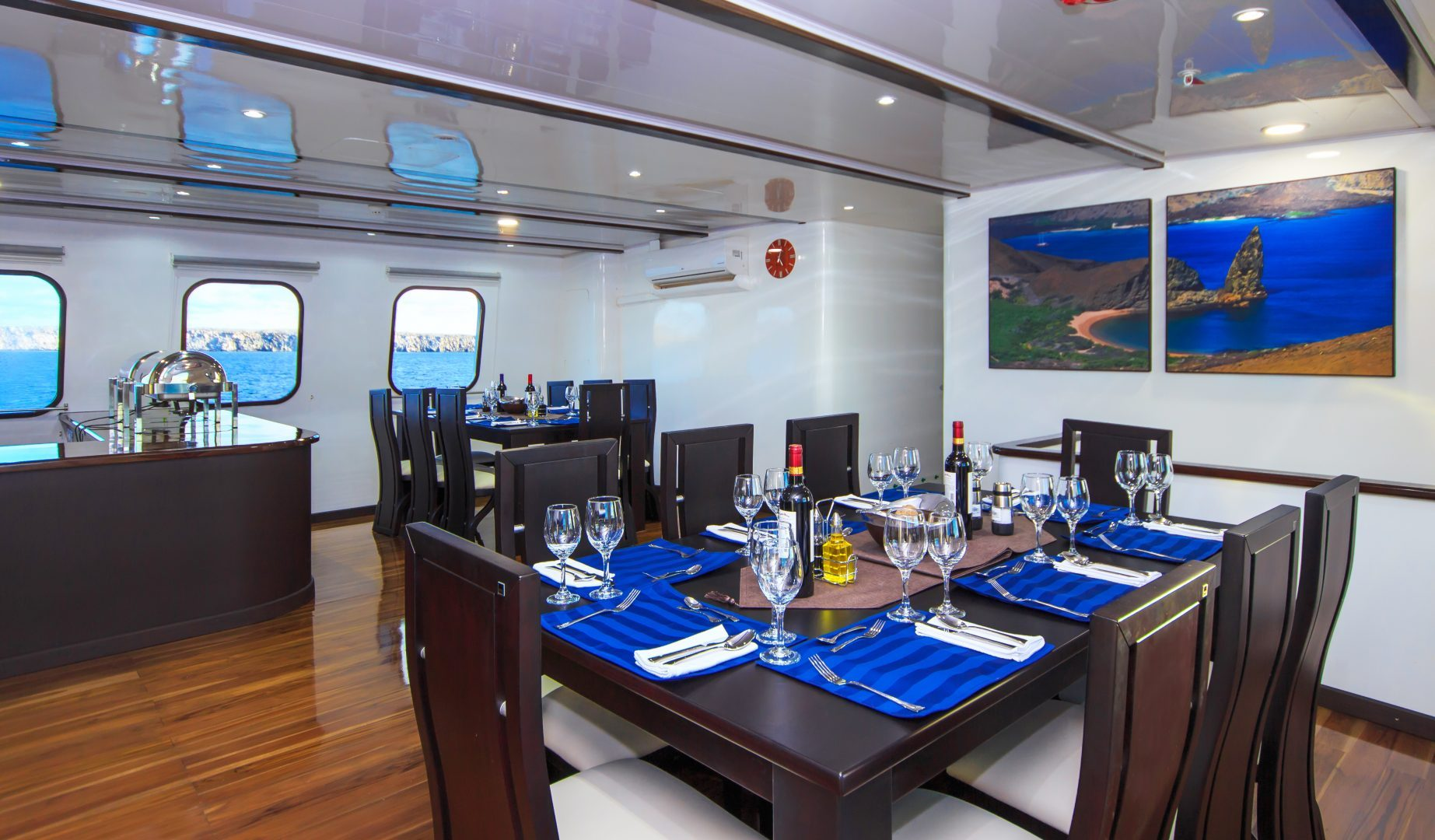 Natural Paradise A 16 Passenger Luxury Vessel Galapagos