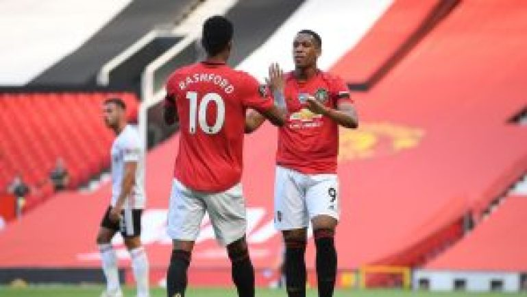 Marcus Rashford and Anthony Martial celebrate goal for Manchester United