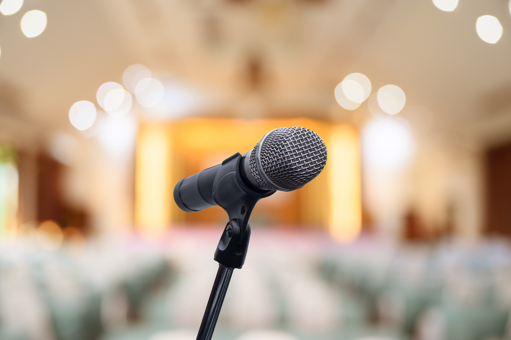 How to Get High Profile Speakers to Speak at Your Virtual Conference