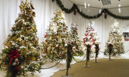 O CHRISTMAS TREE | Reagan Library celebrates the season with international flair