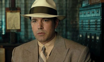 <EM>LIVE BY NIGHT</EM> | Ben Affleck tries on a gangster suit