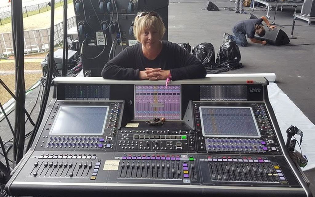 SOUND WAVES   Sound production workshop offered at Ventura Theater
