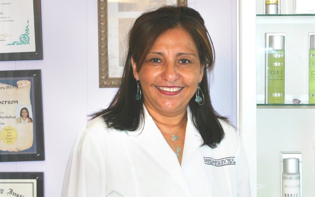 SILVER LINING | Breast cancer survivor managed bad chemo effects with own skin-care line