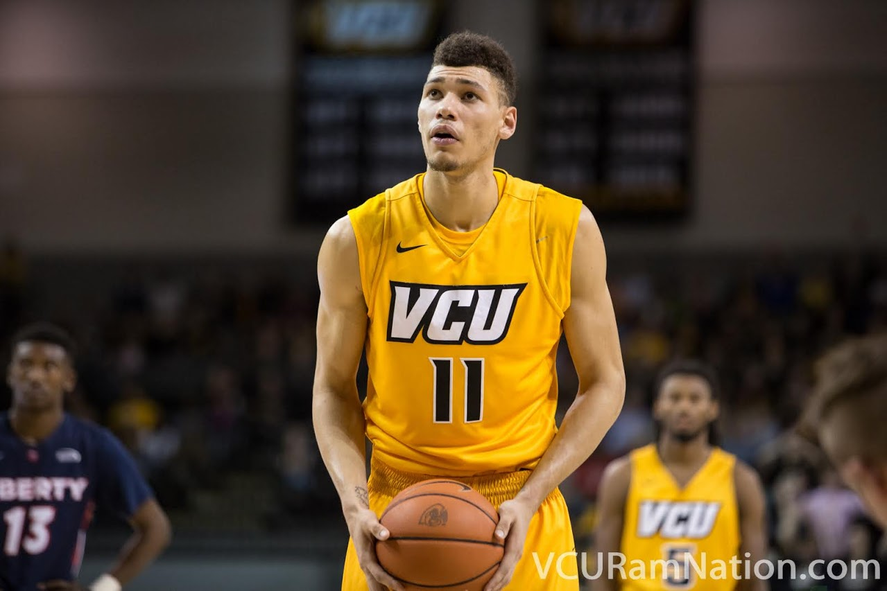 Michael Gilmore signs pro deal in Germany