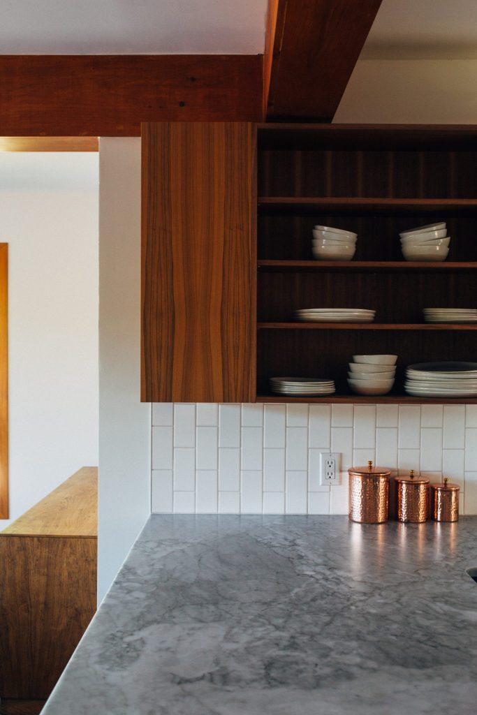 Materiali usati per la cucina: legno e marmo