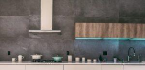 Materiali usati per la cucina: vetri e legno