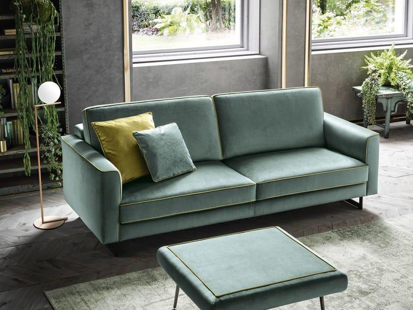 tipi di rivestimento divani: in velluto color Tiffany