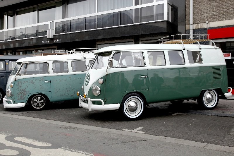 our contrasting buses at the beginning of the Ninove street display