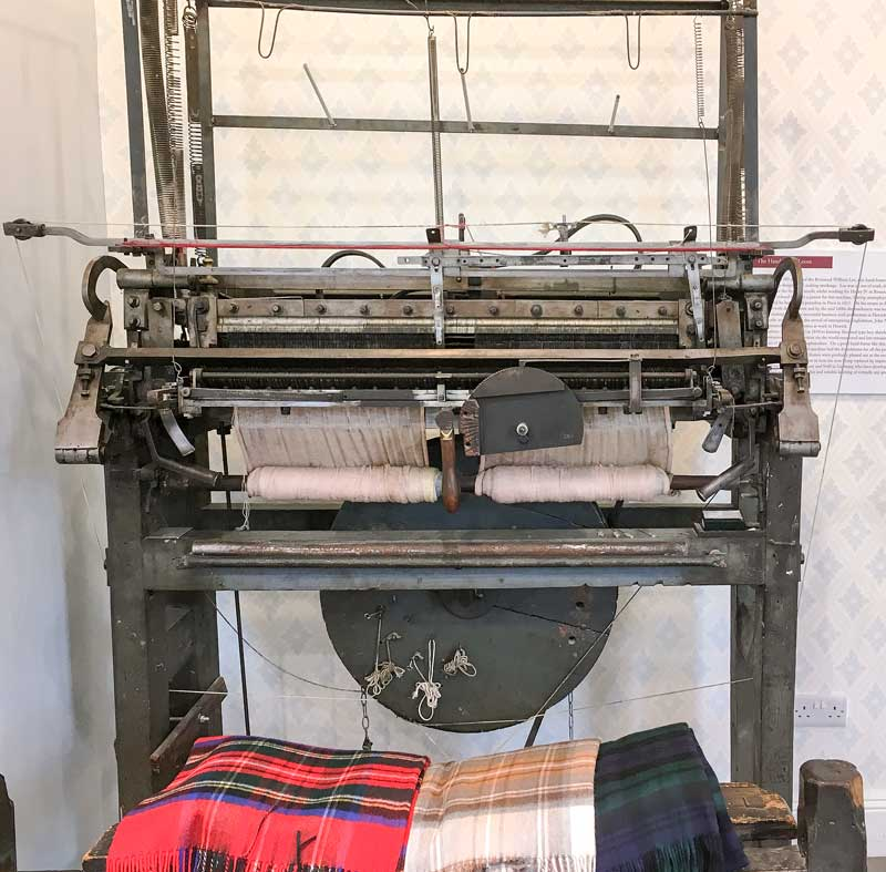 old skool technology – a 250 year old hand frame loom