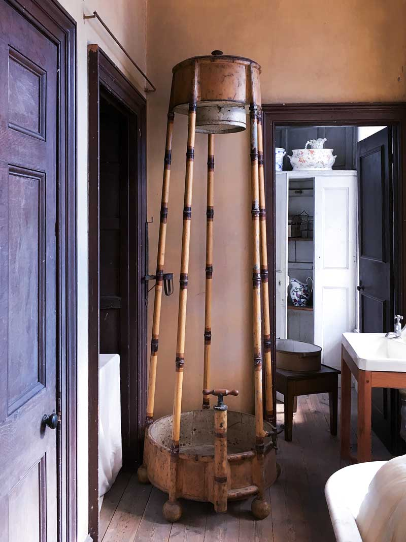 love this shower design
