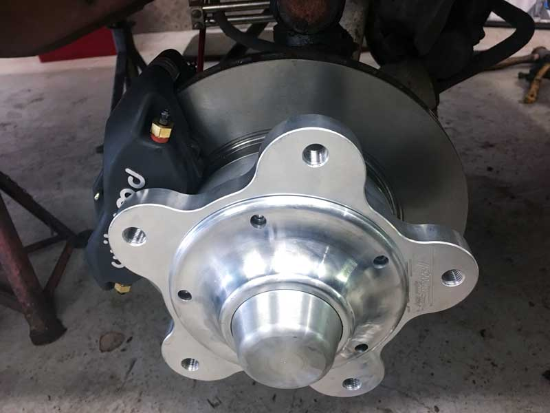 billet hub of the Fellows Speedshop wide 5 brake kit