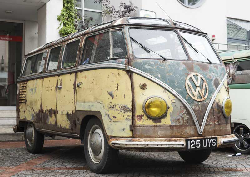 a whole lot of crazy going on right here with this Barndoor Samba