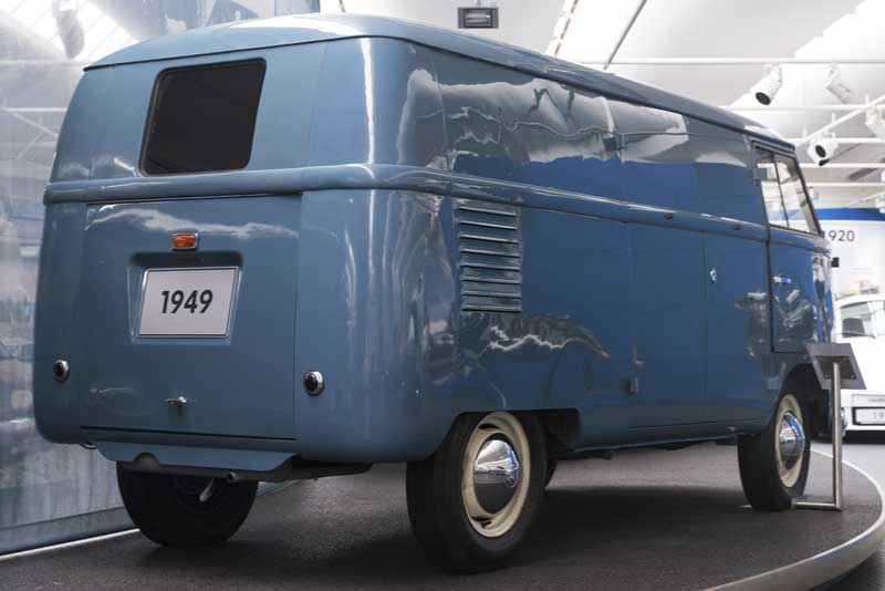 early prototype Barndoor bus