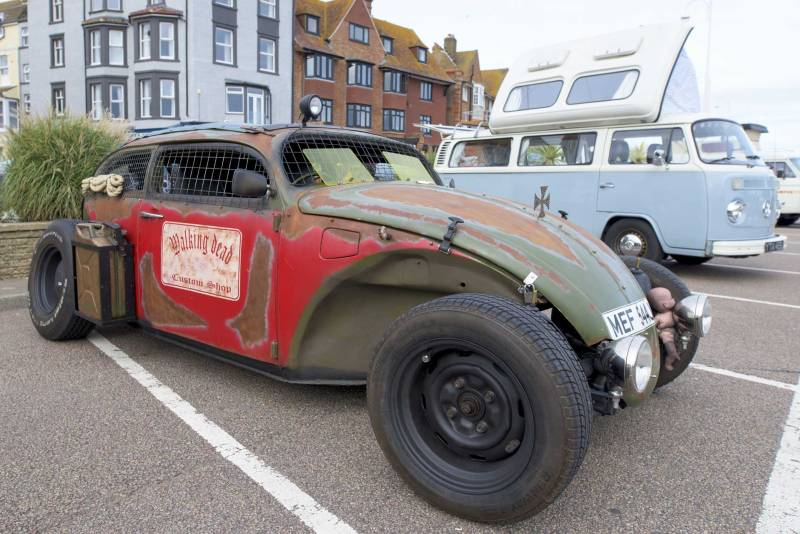this hard core rat rod Beetle would not have looked out of place in a Mad Max film… loved it!