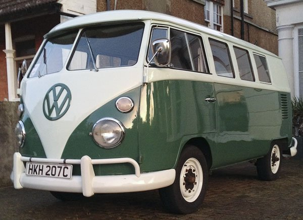 after the recent winter weather, it was great to give the splitty a good wash and polish