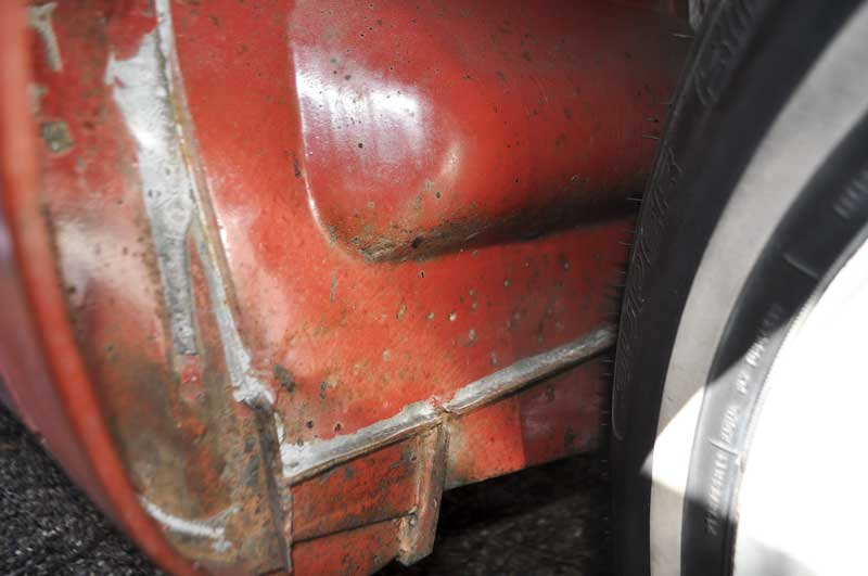 original paint L53 – Sealing Wax Red wheel arches still with factory seam sealer!