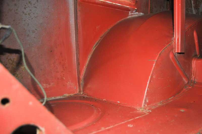 rust free, original paint L53 – Sealing Wax Red engine bay