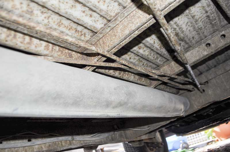 great rust free, solid and unwelded structure underneath