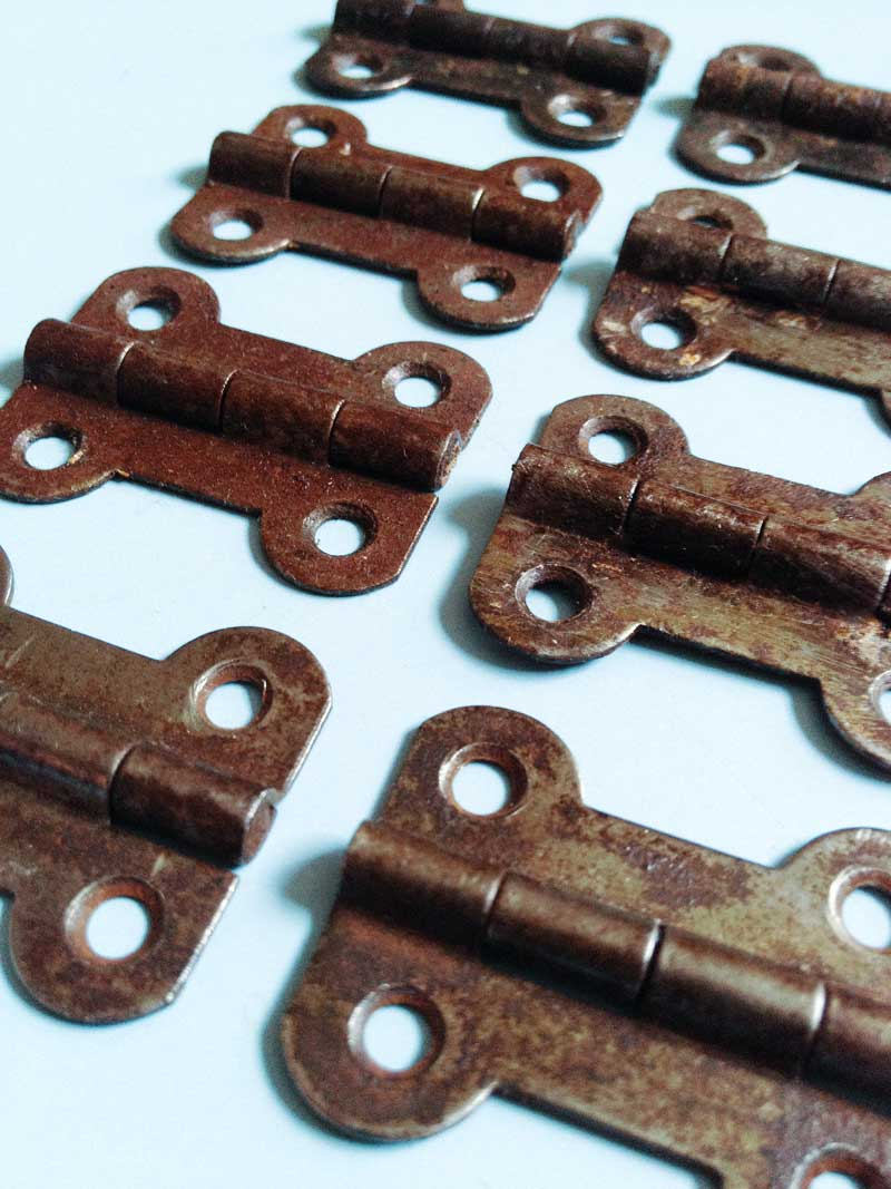 original Canterbury Pitt hinges all in good working order