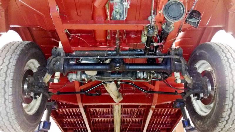 custom power assisted steering rack tucked behind front beam