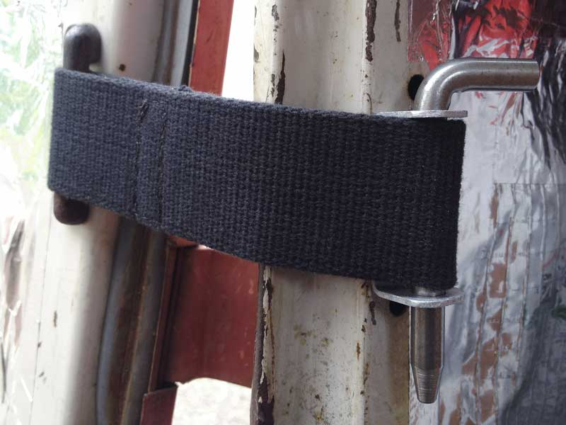 new check strap fitted for rear cargo door