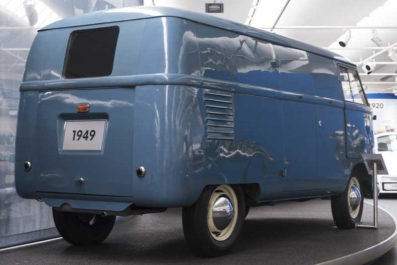 early prototype Barndoor bus