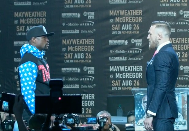 Fans boos na pers conferentie McGregor vs Mayweather!