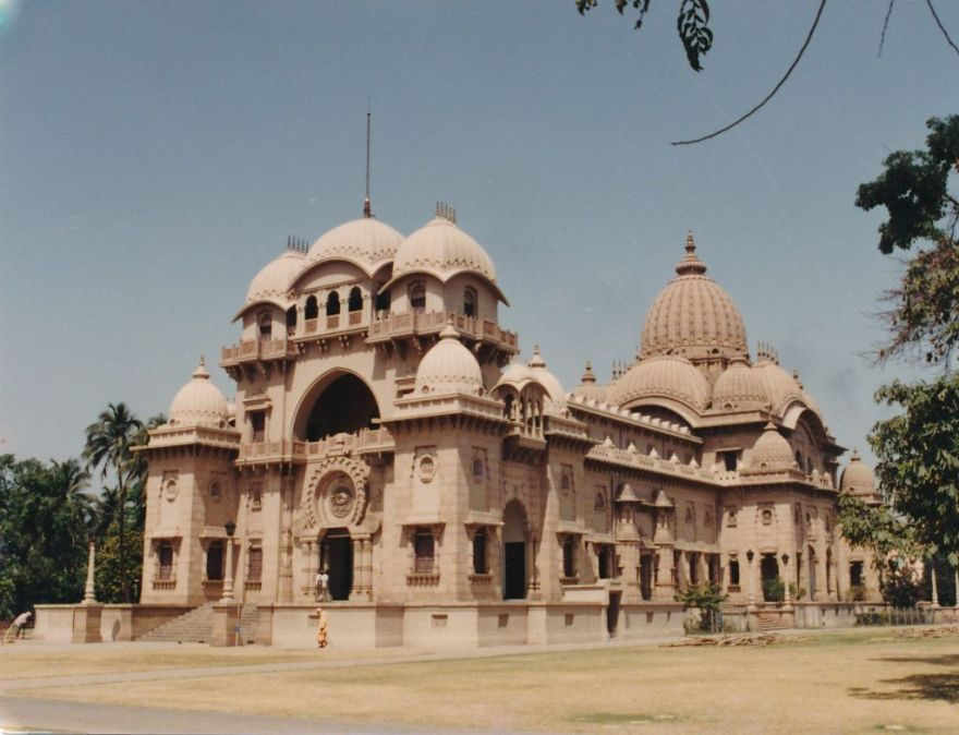 2 Belur Math - Photo 2